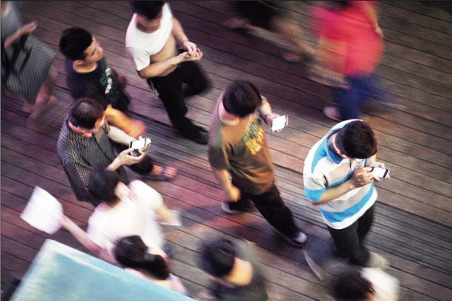 手机行业群侠传:六大门派的渊源和混战