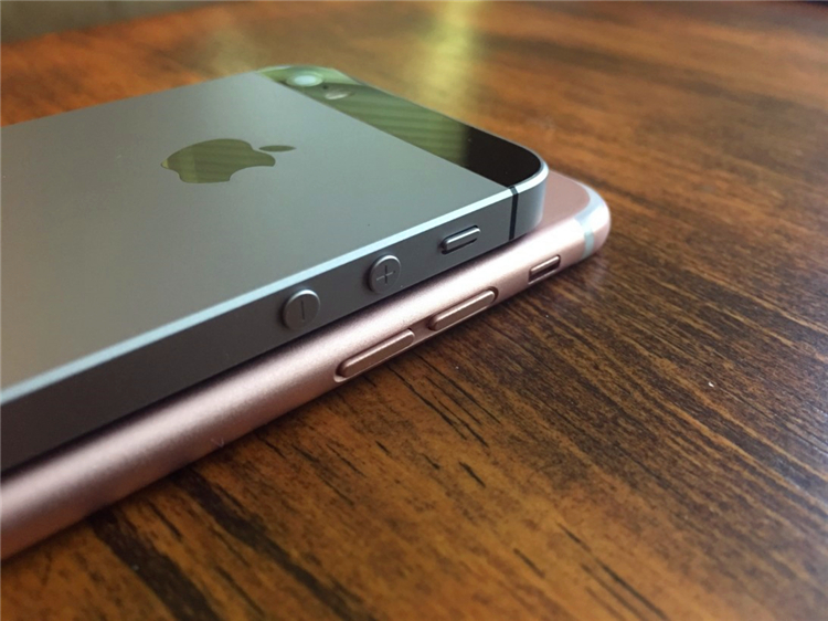 一目了然,iPhone7与iPhone SE 6S和6SP的对比照