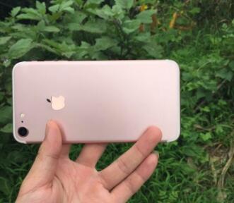37万部苹果iPhone7从河南富士康出货 总重211.5吨