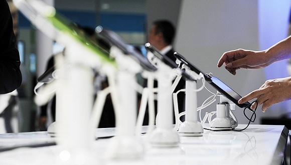 互联网手机生死论:品牌争议度才是关键