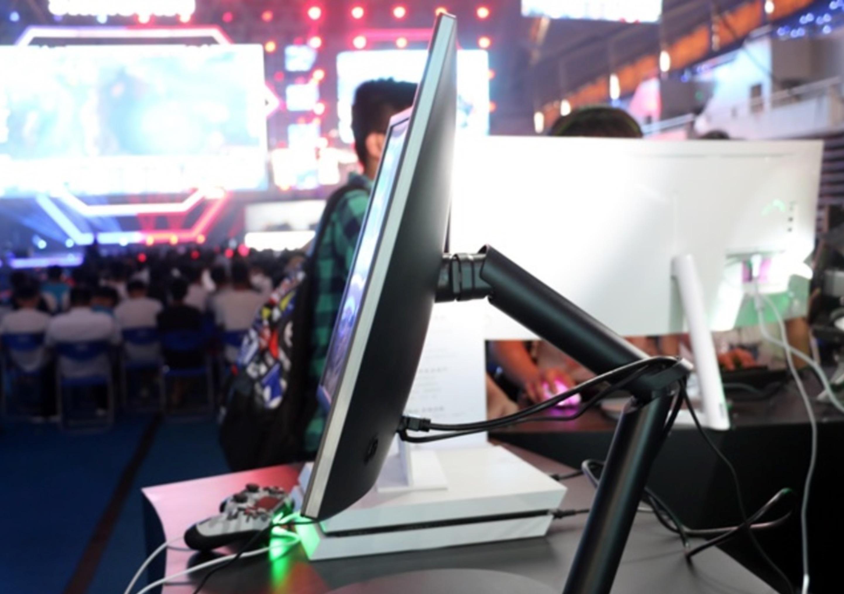电竞显示装备定制化将会掀起怎样的革命性风暴?