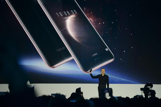 解读荣耀:互联网手机2.0时代如何步步为赢?
