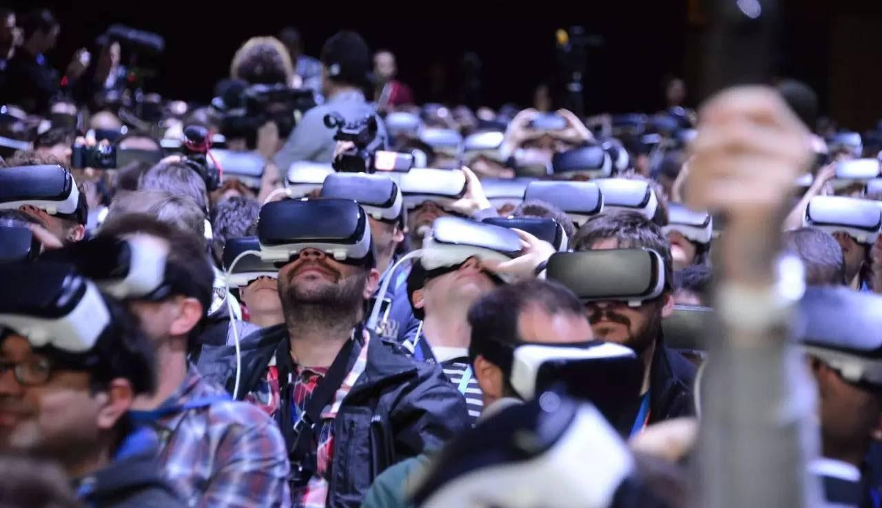被称为VR元年的2016,是如何一步步变成衰退年的?
