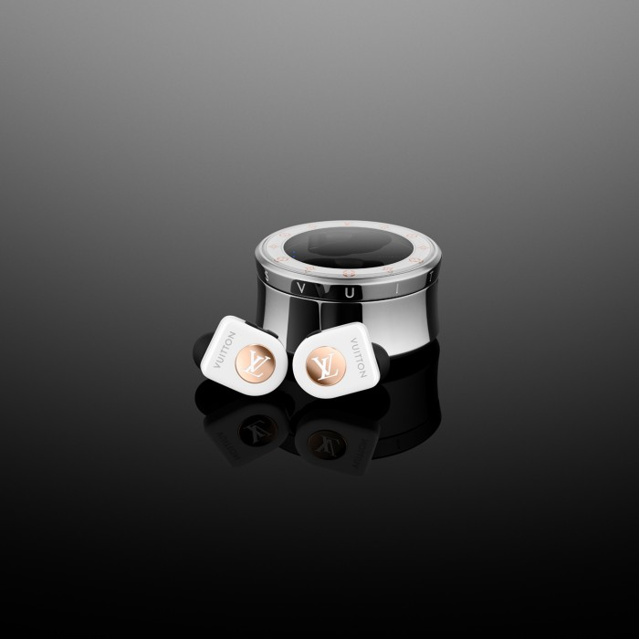 louis-vuitton-launches-1-100-wireless-earbuds-for-those-who-enjoy-wasting-money-528905-3.jpg